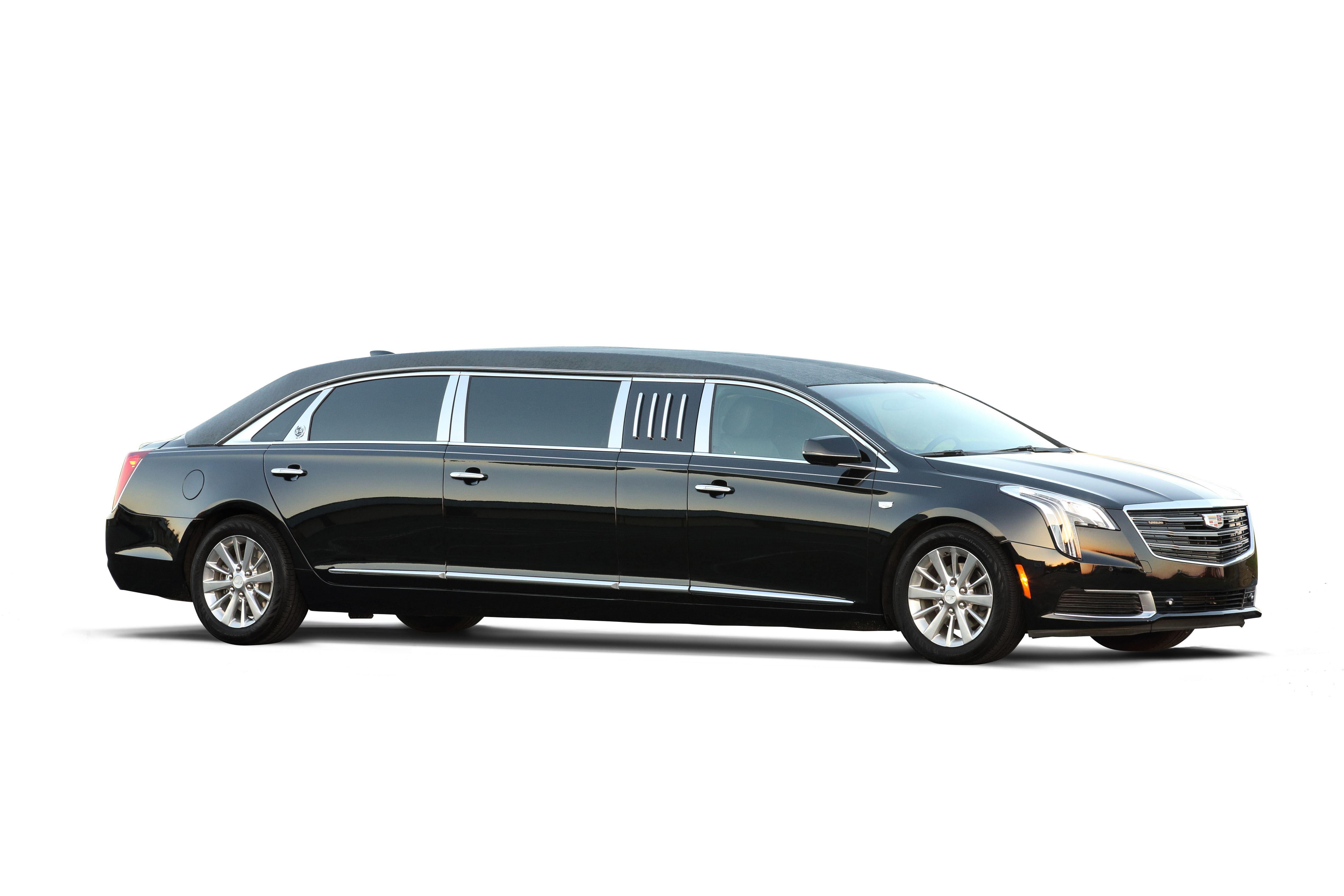 """Photo Gallery - XTS 70"""" Limo - S & S Coaches"""